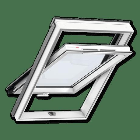 Пластиковое мансардное окно, ручка снизу